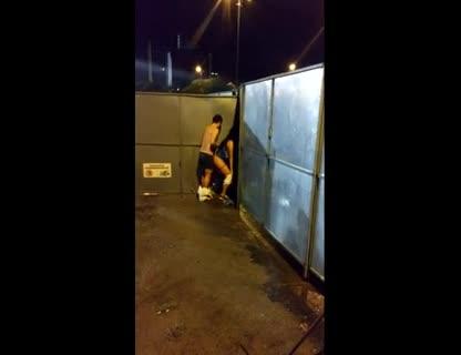 Casal flagrado fodendo em festa de Ivete Sangalo