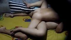 Câmera espiã flagra a irmã trepando com o macho