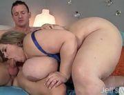 Sexo com mulher gorda com peitões enormes